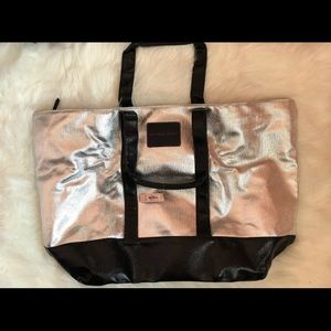 MAKE AN OFFER NWT Victoria's Secret Tote